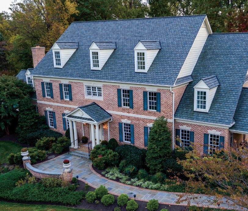 Stately Manor With 750 Sqft Poolhouse Is Entertainer's Dream