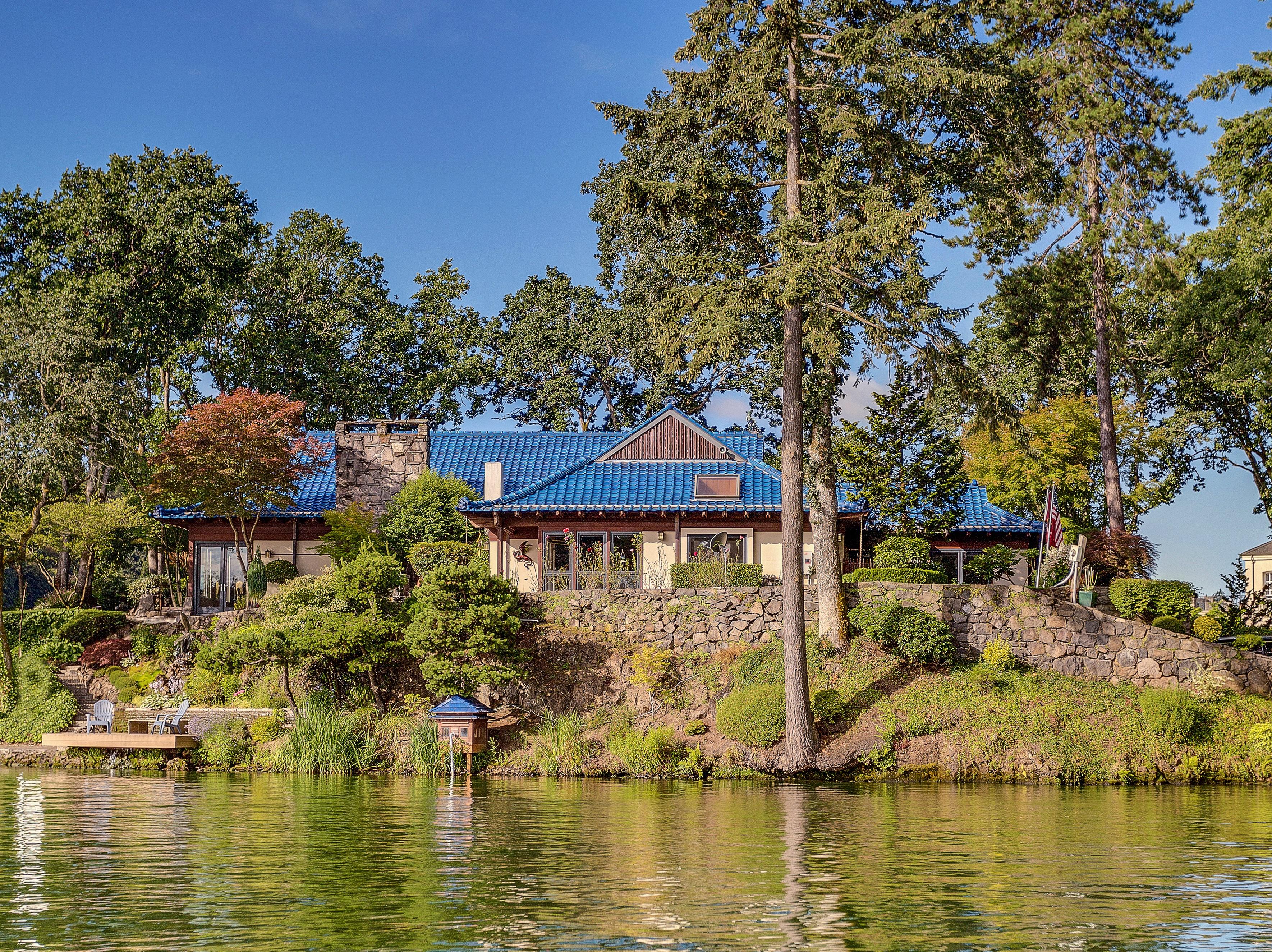 Lake Oswego Waterfront Estate
